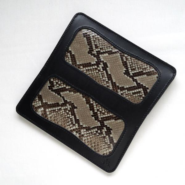 革蛸謹製台形ロングワレット 蛇サドルブラック 【smtb-td】【saitama】