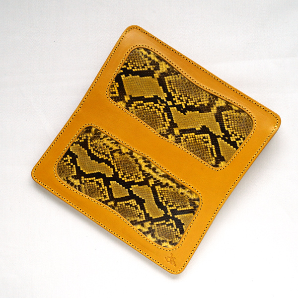 革蛸謹製台形ロングワレット 蛇黄金 【smtb-td】【saitama】
