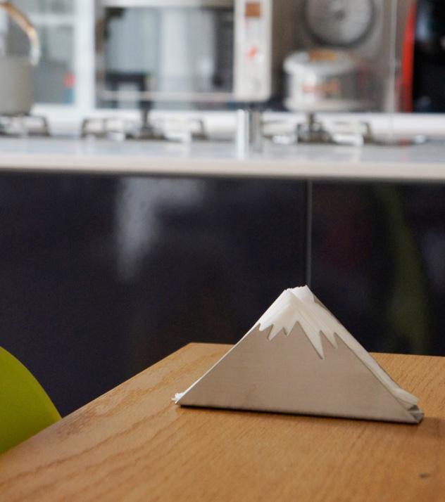 Napkin dispenser Neve napkin dispenser navey Luf design napkin paper napkin Mt. fuji Névé DETAIL