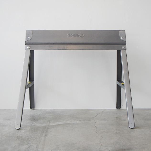 【テーブル用脚】Metal Folding Sawhorse メタル フォルディング ソーホース EBCO アメリカ製 MADE IN USA テーブル用 脚 什器 detail