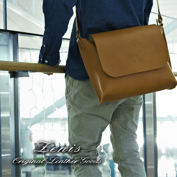 ショルダーバック メンズ レザー 本革 レディース 日本製 手縫い メッセンジャーバック A4ファイル対応 Mサイズ Zenis ゼニス B-0138【送料無料】