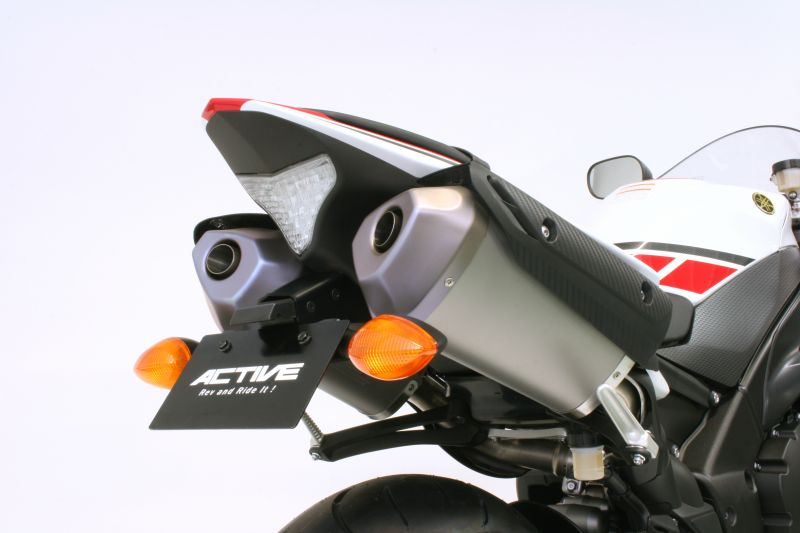 YZF-R1 BLK LED (ABS) (ABS) YZF-R1M 【ACTIVE アクティブ】 15/ ナンバー灯付 【1153060】 15 フェンダーレスKIT