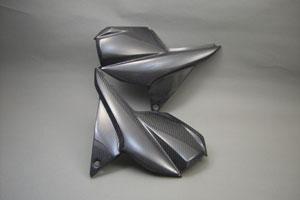 GSX1400(01年~) サイドカバー 平織カーボン A-TECH(エーテック)