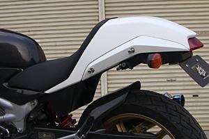 VTR250(09年~) ストリート用 シングルシートカウル FRP/白 A-TECH(エーテック)