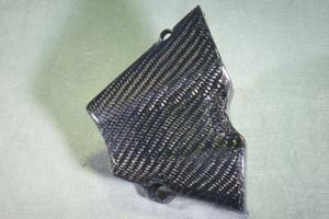 CBR250R(11~13年) フロントスプロケットカバー 綾織カーボン A-TECH(エーテック)