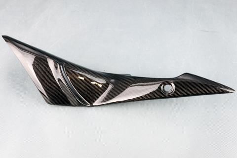KATANA(刀)19年 綾織ドライカーボン マフラーヒートガード クリア塗装済 A-TECH(エーテック)