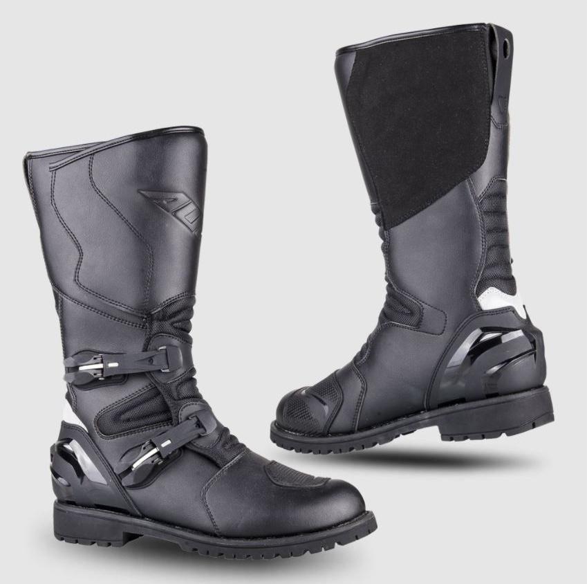 AT1 AUGI(アギ) アドベンチャーブーツ ブラック 25.0cm AUGI(アギ)