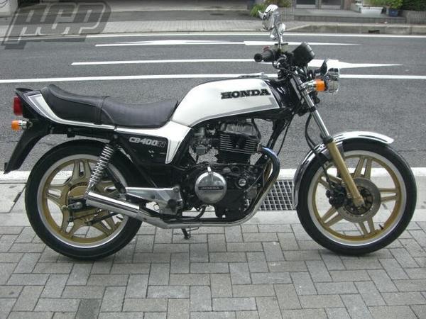 CB400N 750タイプラインステッカー黒/白 ACP(エーシーピー)