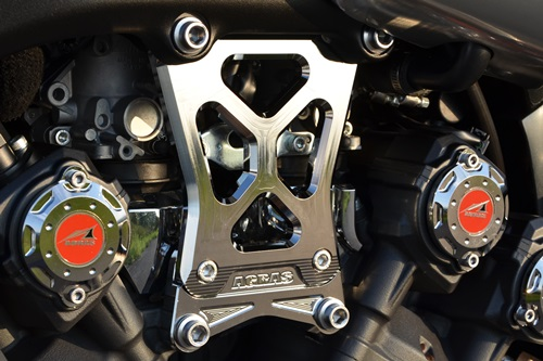 V-MAX1700 エンジンハンガー AGRAS(アグラス)