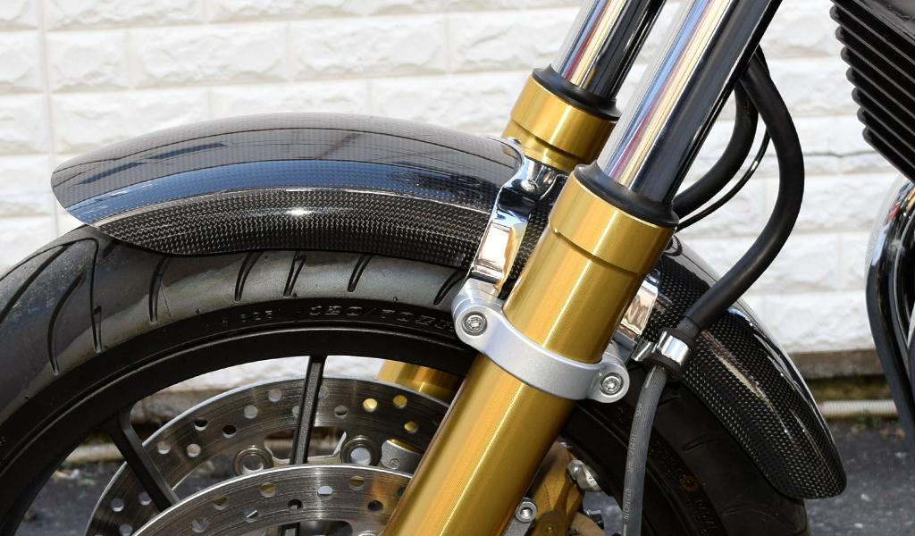 CB1100RS カーボン・フロントフェンダー(ショートタイプ)光沢クリア塗装済み BLESS CREATION(ブレスクリエイション)