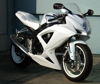 GSX-R750(08~10年) ストリートフルカウル 純正触媒対応 CLEVER WOLF RACING(クレバーウルフレーシング)
