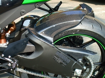 ZX-10R(08~10年) リアフェンダー 黒FRP CLEVER WOLF RACING(クレバーウルフレーシング)