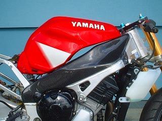 YZF-R1(98~01年) フレームカバー カーボン平織 CLEVER WOLF RACING(クレバーウルフレーシング)