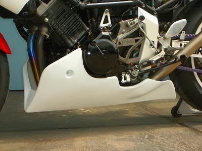 TRX850 アンダーカウル 白FRP CLEVER WOLF RACING(クレバーウルフレーシング)