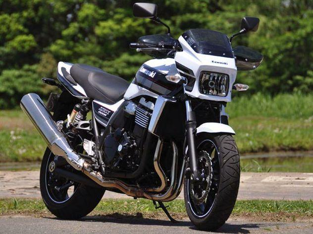 ZRX1200 DAEG(ダエグ)09年~ ガイラガントレット スモーク CHIC DESIGN(シックデザイン)