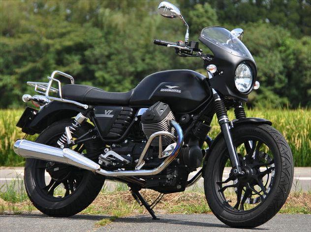 MOTO GUZZI V7 Stone(13年~) ロードコメット 未塗装(黒ゲルコート) スモーク/通常スクリーン CHIC DESIGN(シックデザイン)