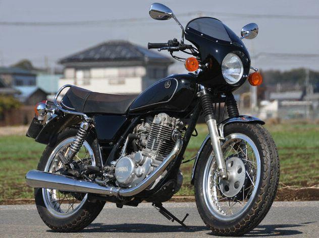 SR400/500(91~93年) ロードコメット クラシック スモークスクリーン ブルーイッシュブラック(00MW) 通常スクリーン CHIC DESIGN(シックデザイン)