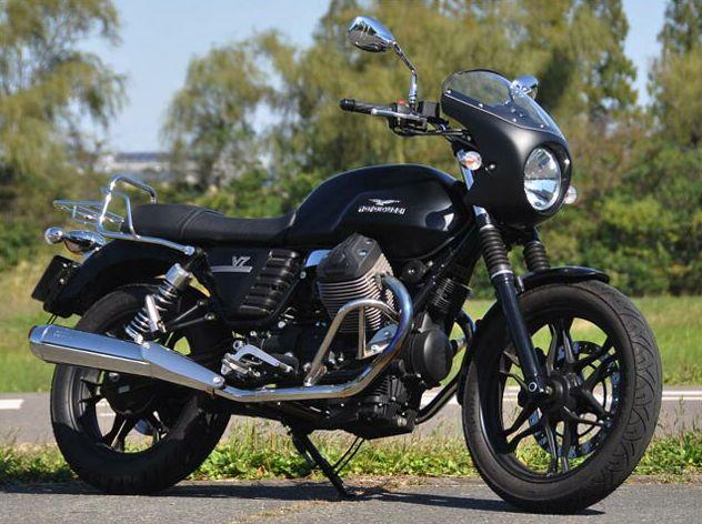 MOTO GUZZI V7 Stone(13年~) ロードコメット クラシック ルビードブラック クリア/通常スクリーン CHIC DESIGN(シックデザイン)