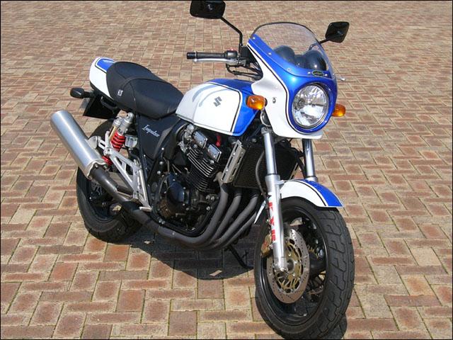 インパルス400(04~08年) ロードコメット グラススプラッシュホワイト/パールスズキミディアムブルーNo.2(クーリー)クリア/通常スクリーン シックデザイン