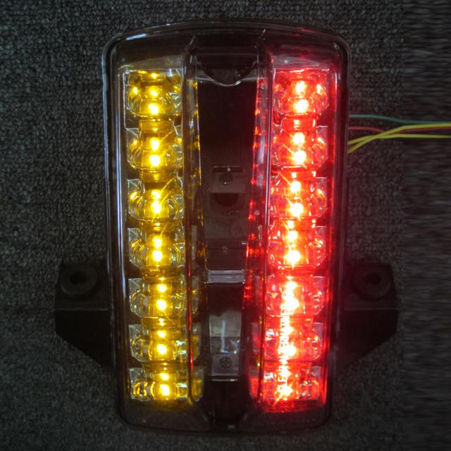 SV1000・S インテグレートテールライト(ウィンカー内蔵式) ライトスモーク CLEAR ALTERNATIVES(クリアオルタネイティブ)