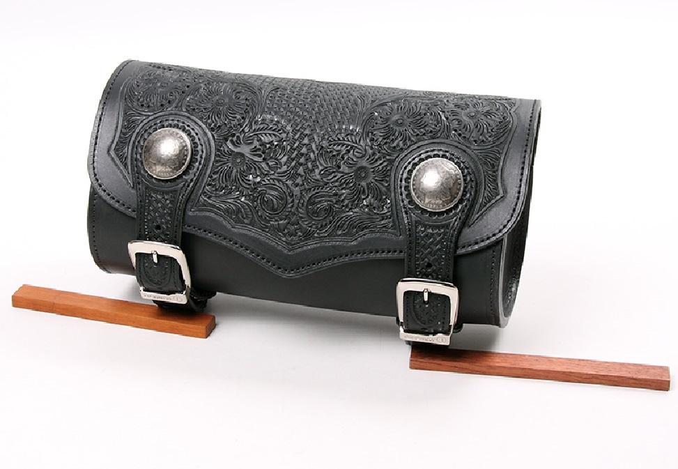 カービングレザーツールバッグ ブラック(横30×径12cm) DEGNER(デグナー)