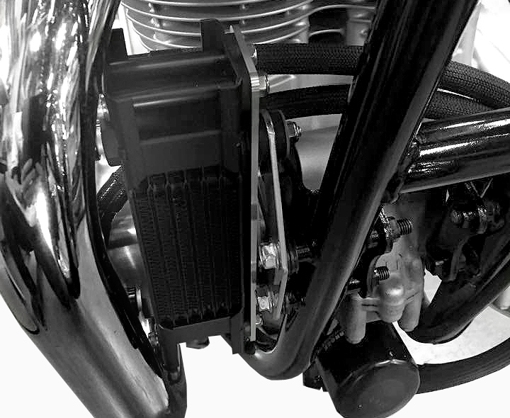 【送料無料】  W400(06~08年) オイルクーラーキット ストレートブラック仕様(耐熱ホースカバー仕様) EARL'S(アールズ)