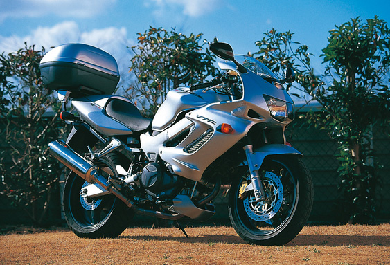 VTR1000F(97~04年) モノラック用フィッティング251F GIVI(ジビ)
