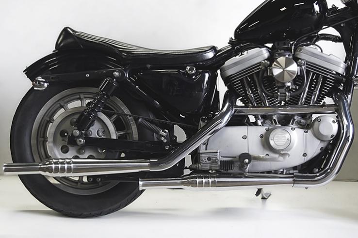 スポーツスターXL(95~03年) 69トランペット スリップオンマフラー MOTORROCK(モーターロック)