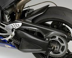 YZF-R1(04~05年) スイングアームカバー平織りカーボン製 MAGICAL RACING(マジカルレーシング)