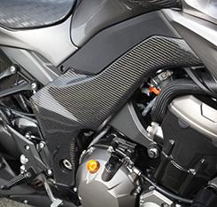 Z1000(14年~) フレームガード(左右セット)平織りカーボン製 MAGICAL RACING(マジカルレーシング)