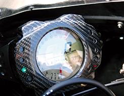 ZX-10R(06~07年) メーターカバー Gシルバー製 MAGICAL RACING(マジカルレーシング)