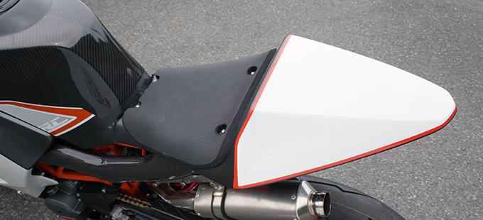 KTM RC390(14~16年) シートカウルキット/FRP製・黒 MAGICAL RACING(マジカルレーシング)