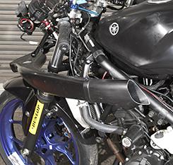 YZF-R25(15~16年) リアダクト フレッシュエアー用 FRP製 黒 (マジカル専用部品リペア用) MAGICAL RACING(マジカルレーシング)