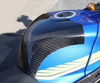 GSX-R1000(17年) タンクエンド FRP製 ブラック MAGICAL RACING(マジカルレーシング)