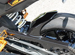 KTM 125DUKE リアフェンダー FRP製・黒 MAGICAL RACING(マジカルレーシング)
