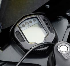 KTM RC390(14年~) メーターカバー 平織りカーボン製 MAGICAL RACING(マジカルレーシング)