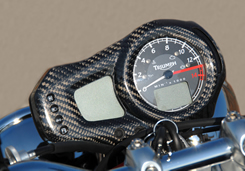 TRIUMPH DAYTONA675 メーターパネル 綾織りカーボン製 MAGICAL RACING(マジカルレーシング)