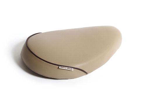 カブ50(CUB) フラットシート スムース ベージュボディ/茶パイピング NITROHEADS(ナイトロヘッズ)
