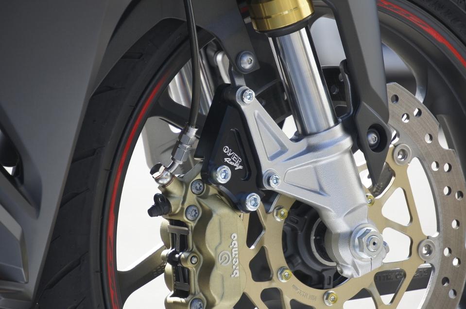 CBR250RR Fキャリパーサポート ブレンボ4P用 ブラック OVER(オーバーレーシング)