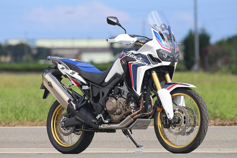 CRF1000L Africa Twin Wyvern(ワイバン) Real Spec スリップオンマフラー チタン r's gear(アールズギア)
