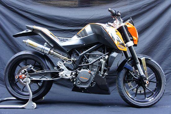 KTM DUKE125 TRエキゾーストシステム SUS レース用 月木レーシング(ツキギレーシング)