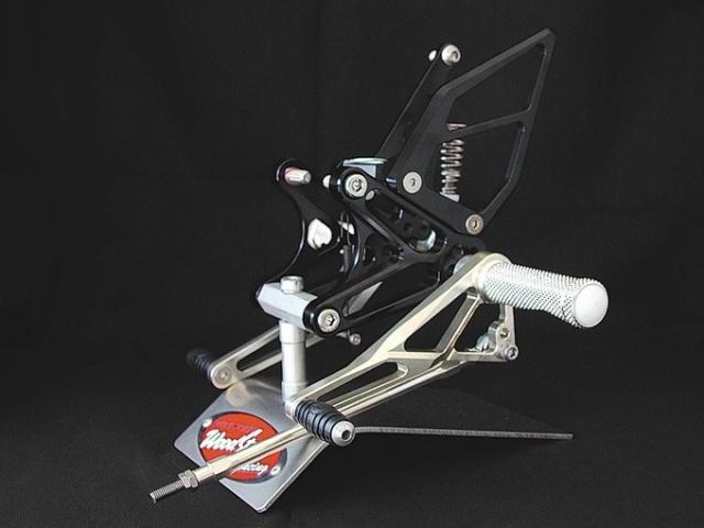 ZX-7RR バックステップキット・ブラック woodstock(ウッドストック)