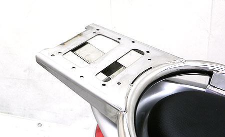 シグナスX(3型)SE44J(1YP) リアボックス用ベースブラケット付きタンデムバー エレガントタイプ ウイルズウィン(WirusWin)