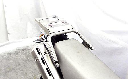 トリッカー(JBK-DG16J/BA-DG10J) リアボックス用ベースブラケット付 タンデムバー ウイルズウィン(WirusWin)