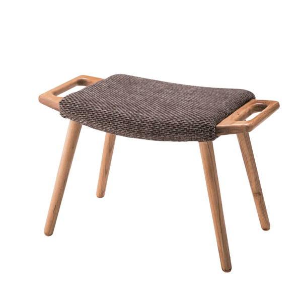 天然木のオークを用いたナチュラルなスツールです。別売りのソファと揃えることができます。 フリック スツール RTO-50