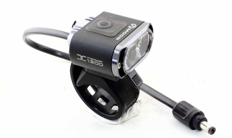 《送料無料(一部地域除く)!》 MOON(ムーン) X-POWER 1300(Xパワー 1300) 最大1300ルーメン 自転車用ヘッドライト LT-MO-050