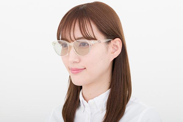 メガネ 色 つき