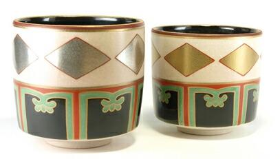色絵金銀菱重茶碗