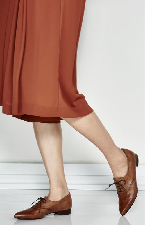 【日本製】【本革】マニッシュレースアップシューズ ポインテッド ローヒール 紐靴 黒 ブラック BLACK  ブラウン  アンティック加工 2.5cm  /取扱サイズ:21.5cm 22cm ~ 25.5cm