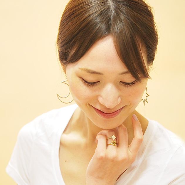 ≪chibi jewels >> little jewels moon moon motif pierced earrings Large  Crescent Moon Earrings (Gold)